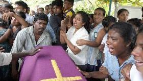 <!--:es-->DESVELO ESPIRITUAL Y MATERIAL DEL PAPA POR LAS VÍCTIMAS DE LOS MAREMOTOS ASIÁTICOS.- La Iglesia se vuelca en la gigantesca tragedia, cuyos fallecidos podrían llegar a 600 mil.<!--:-->