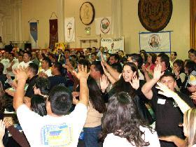 """<!--:es-->HOMILÍA DEL CARDENAL ROGELIO MAHONY, CON MOTIVO DEL ENCUENTRO REGIONAL DE LA PASTORAL JUVENIL.-""""Jóvenes vayan y evangelicen a otros jóvenes, echen la red y acepten el mandato de Jesús de ser pescadores de hombres""""<!--:-->"""