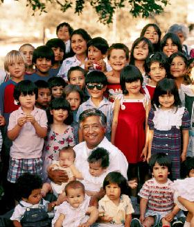 <!--:es-->CRECE CLAMOR POR DÍA NACIONAL EN HONOR A CÉSAR CHÁVEZ<!--:-->