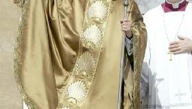 """<!--:es-->""""¡NO TENGÁIS MIEDO DE CRISTO! ÉL NO QUITA NADA, Y LO DA TODO"""".- Homilía de Benedicto XVI en la misa de inicio oficial de su pontificado<!--:-->"""