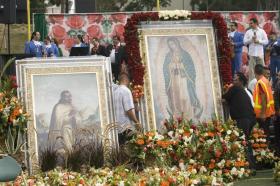 """""""MADRE RAYO DE ESPERANZA"""", LEMA QUE HICIERON SUYO MILLARES DE FELIGRESES EN PROCESIÓN GUADALUPANA"""