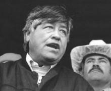 ÚNASE A LOS TRABAJADORES CAMPESINO, LA FAMILIA DE CÉSAR CHÁVEZ Y LOS LÍDERES DE LA COMUNIDAD, EN HONORAR LA MEMORIA Y EL LEGADO DE CESAR CHAVEZ