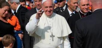 <!--:es-->EL PAPA FRANCISCO FUSTIGA A FALSOS ACUSADORES DE SACERDOTES<!--:-->
