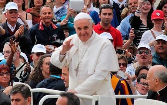 <!--:es-->¿SERÍA MEJOR BAJAR EL NIVEL DE NUESTRO CRISTIANISMO PARA COMPLACER AL MUNDO?, PREGUNTA EL PAPA FRANCISCO<!--:-->
