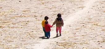 <!--:es-->PAPA FRANCISCO PIDE SOLUCIÓN URGENTE AL DRAMA DE NIÑOS MIGRANTES QUE VAN A ESTADOS UNIDOS<!--:-->