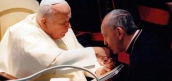 <!--:es-->PAPA FRANCISCO: QUE NO SE OLVIDE HERENCIA ESPIRITUAL DE SAN JUAN PABLO II<!--:-->