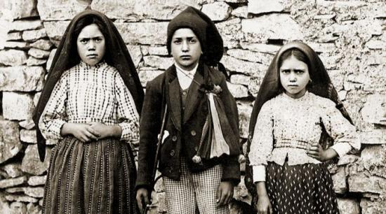 <!--:es-->LAS TRES CLAVES DEL PAPA FRANCISCO PARA LA BUENA CONVIVENCIA EN FAMILIA<!--:-->