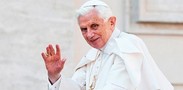 BENEDICTO XVI CUMPLIÓ 64 AÑOS DE SACERDOTE