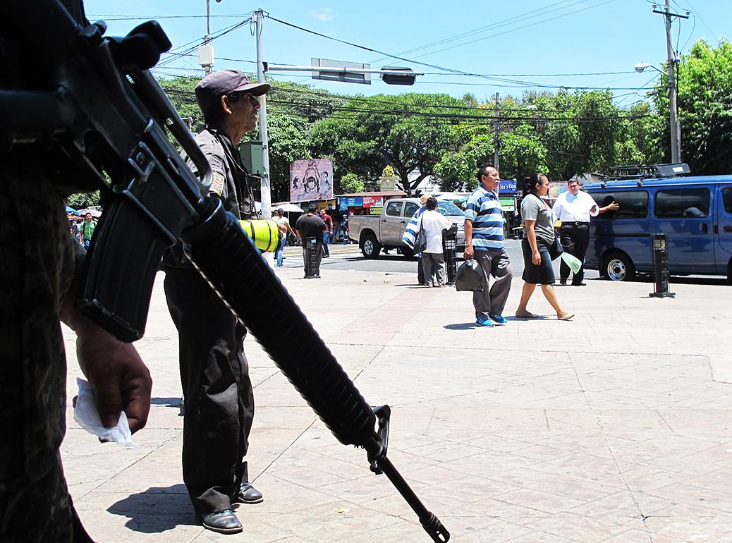 <!--:es-->UN ANÁLISIS DEL AUMENTO DE VIOLENCIA EN EL SALVADOR<!--:-->