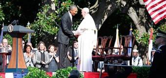 """<!--:es-->EL PAPA """"HIJO DE INMIGRANTES"""" DEFIENDE EN LA CASA BLANCA LIBERTAD RELIGIOSA Y MATRIMONIO<!--:-->"""
