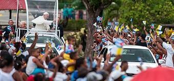 <!--:es-->PAPA FRANCISCO DEDICA ÚLTIMA NOCHE EN CUBA A REZAR ANTE LA VIRGEN DE LA CARIDAD DEL COBRE<!--:-->
