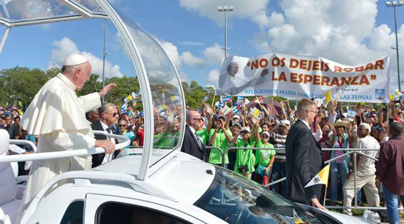 <!--:es-->OBISPOS INVITAN A MANTENER ALEGRÍA Y ESPERANZA DEJADAS POR EL PAPA FRANCISCO EN CUBA<!--:-->