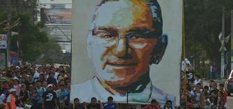 <!--:es-->FRANCISCO: EL BEATO ROMERO FUE 'LAPIDADO' TAMBIÉN TRAS SU MUERTE<!--:-->