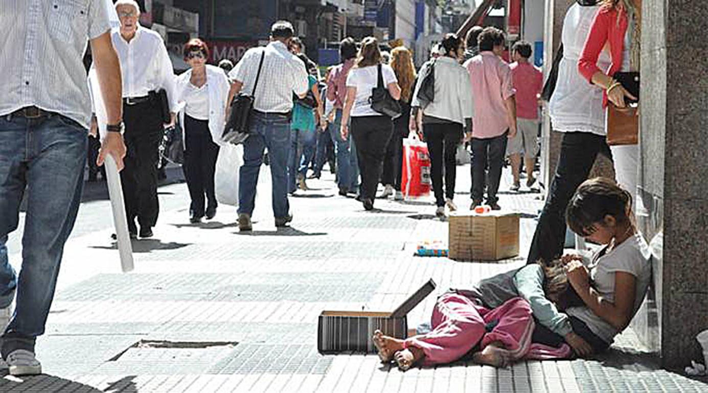 <!--:es-->DEJAR LA INDIFERENCIA PARA HACER AÑO FELIZ CON SOLIDARIDAD Y PAZ, ALIENTA OBISPO MEXICANO<!--:-->