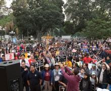 'OneLife LA' REÚNE A MÁS DE 20 MIL ASISTENTES EN APOYO A LA SANTIDAD DE LA VIDA