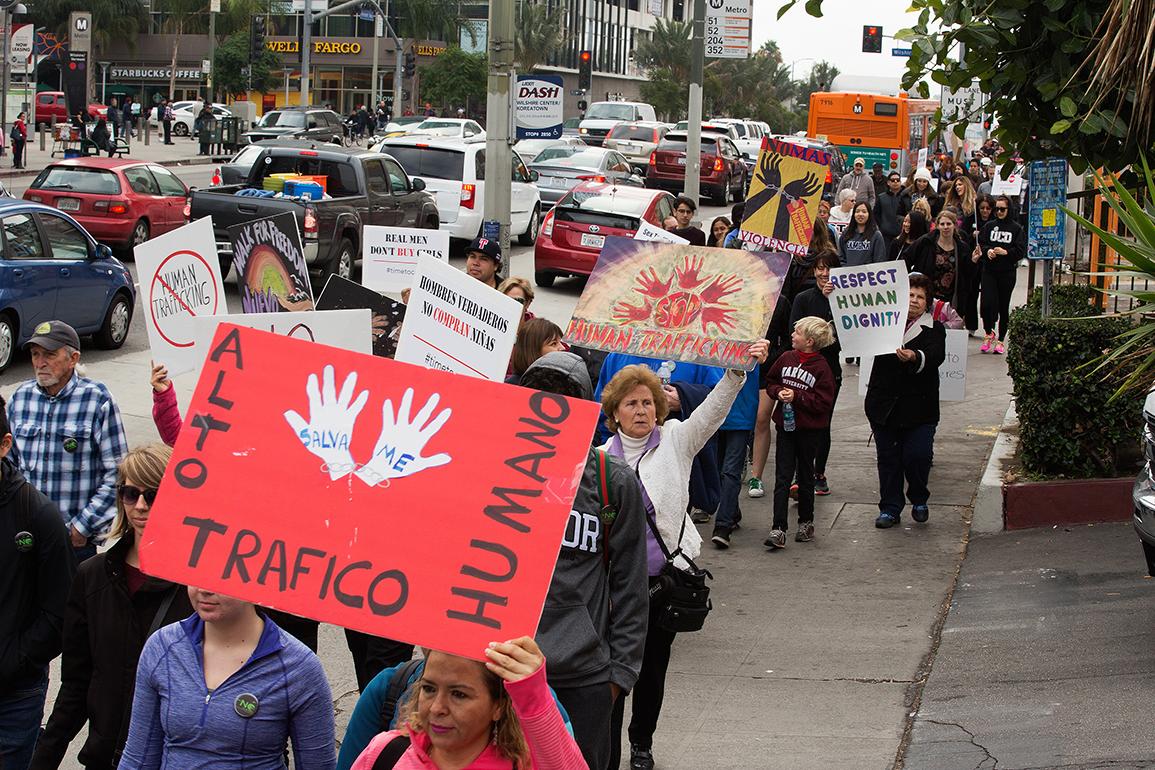 <!--:es-->GRUPOS RELIGIOSOS SE UNEN PARA LUCHAR CONTRA EL TRÁFICO HUMANO EN LOS ÁNGELES<!--:-->