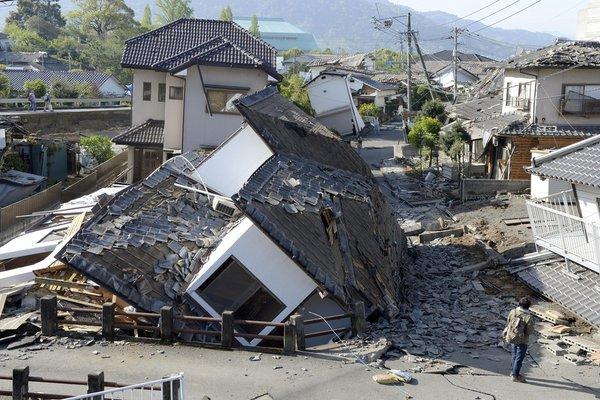 OBISPOS DE JAPÓN ASISTEN A VÍCTIMAS DE TERREMOTO