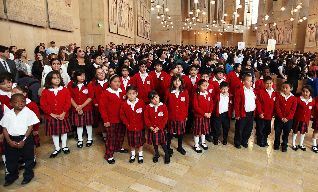 LA MISIÓN DE LA EDUCACIÓN CATÓLICA: ¡HACER SANTOS!