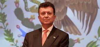 EMBAJADOR CARLOS GARCÍA DE ALBA, CÓNSUL DE MÉXICO, QUIERE CONECTAR CON SU COMUNIDAD