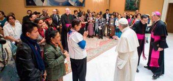 PAPA FRANCISCO PIDE CONCILIAR PROGRESO ECONÓMICO CON PROTECCIÓN DE PUEBLOS INDÍGENAS