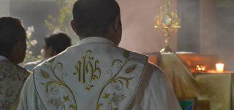 JUEVES SANTO: HOY TAMBIÉN ES EL DÍA DEL SACERDOTE