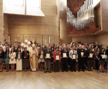 'CHRISTIAN SERVICE AWARDS' HONRA ESFUERZOS DE SERVICIO COMUNITARIO