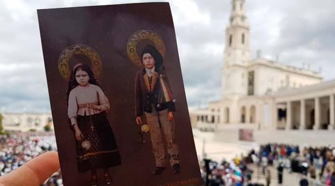 PAPA DECLARÓ SANTOS A PASTORCITOS FRANCISCO Y JACINTA, VIDENTES DE FÁTIMA
