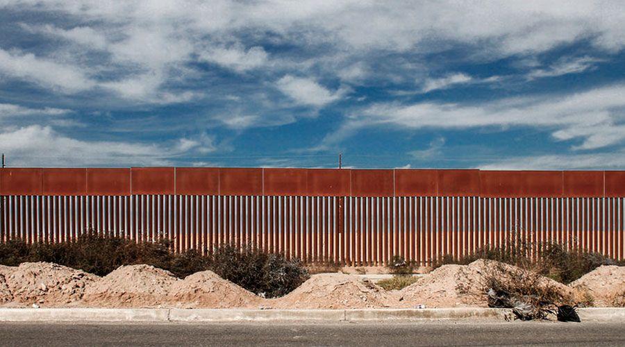 OBISPOS DE ESTADOS UNIDOS VISITAN A MIGRANTES EN LA FRONTERA CON MÉXICO