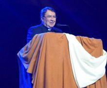 CON CRISTO LA ALEGRÍA VUELVE A NACER, DICE NUNCIO EN EEUU A CATÓLICOS HISPANOS