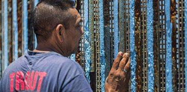 """OBISPOS DE MÉXICO PIDEN A GOBIERNO DE DONALD TRUMP """"CONSTRUIR PUENTES Y NO MUROS"""""""