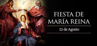 LA IGLESIA CELEBRA A MARÍA REINA, LA QUE COMPARTE LA VIDA Y EL AMOR DE CRISTO REY