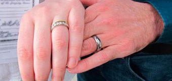 PAPA FRANCISCO: DIVORCIADOS EN NUEVA UNIÓN NO ESTÁN EXCOMULGADOS, NO HAY QUE TRATARLOS ASÍ