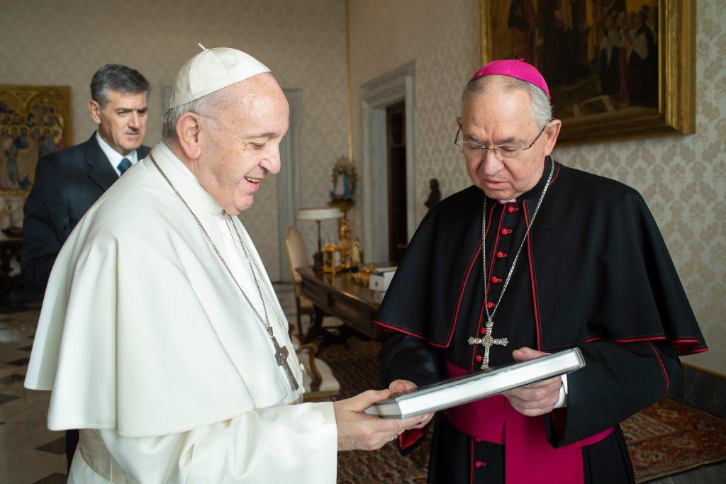 HACIENDO DISCÍPULOS   Por Monseñor José H Gomez
