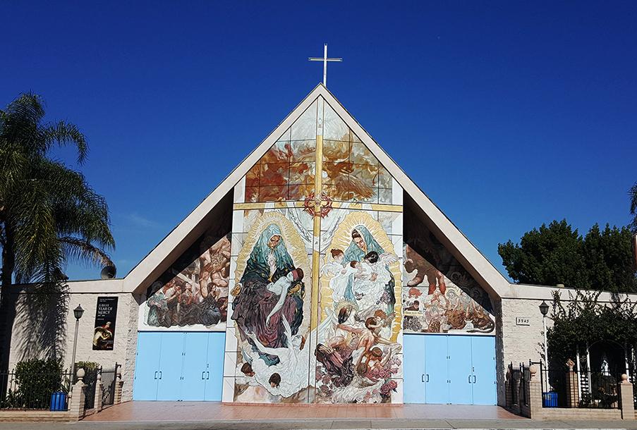 ADVIERTEN A CALIFORNIA SOBRE POSIBLE DISCRIMINACIÓN A IGLESIAS EN REAPERTURA