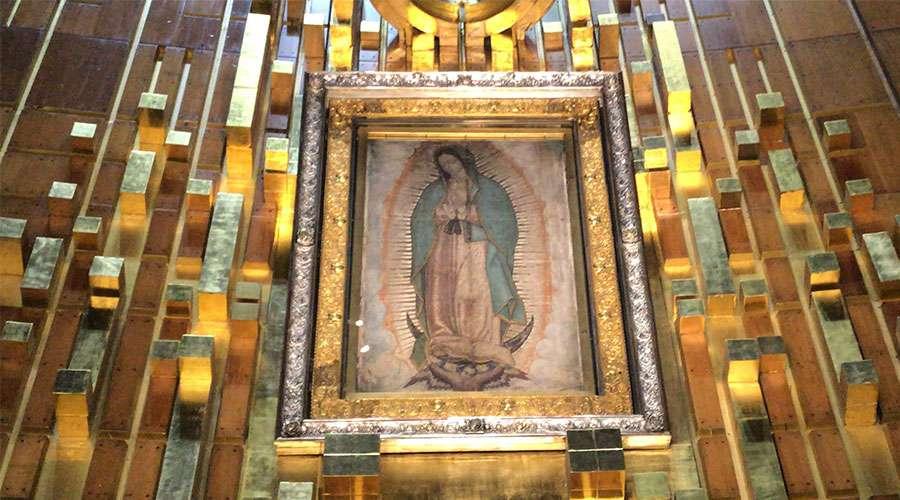 "EN MES DE MARÍA EL PAPA FRANCISCO ALIENTA A IR ""ESPIRITUALMENTE"" A SANTUARIOS MARIANOS"