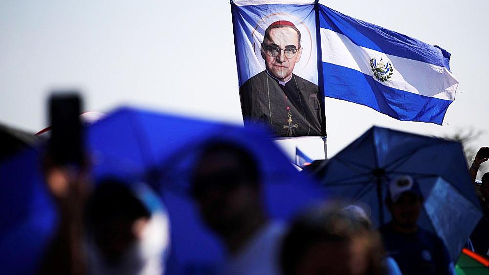 EL SALVADOR: IGLESIA CELEBRA ANIVERSARIO DE CANONIZACIÓN DE SAN ÓSCAR ROMERO