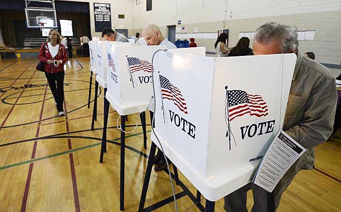 ELECCIONES EN EEUU: ARZOBISPO RECUERDA QUE LA MISIÓN DE LOS CATÓLICOS SUPERA A LA POLÍTICA