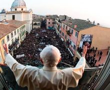 UN DÍA COMO HOY HACE 8 AÑOS BENEDICTO XVI SE DESPIDIÓ COMO SUMO PONTÍFICE