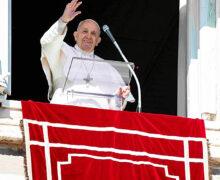 """PAPA FRANCISCO: """"JESÚS NO ES UN ESPÍRITU, SINO UNA PERSONA VIVA"""""""
