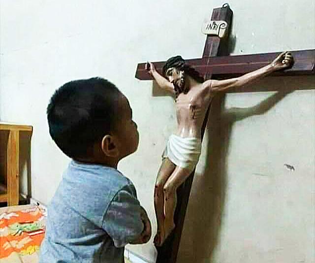 CONVIRTIÉNDONOS EN LO QUE ORAMOS Por Monseñor JOSÉ H. GOMEZ